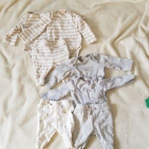 Cat and Jack newborn bundle - 4 onesie, 3 pants